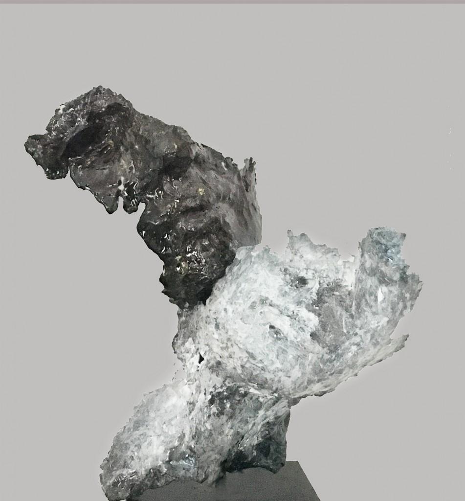 LEGAMI_ 2016 _stagno martellato, ossidi e resina su ferro cm 23 hammered tin, oxides and resin on iron